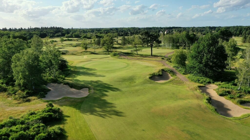 New Gil Hanse Design at Les Bordes one to earmark for the future