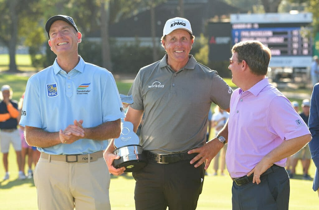Clarke bags top-15 finish as Mickelson makes all on Champions